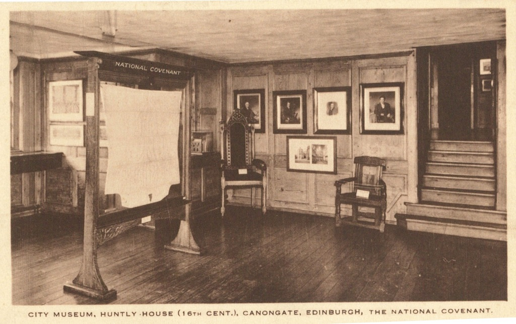 The National Covenant display at Huntly House Museum in the 1930s. © The City of Edinburgh Council Museums & Galleries