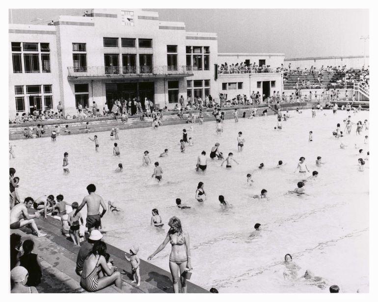 Swimmers enjoy Portobello outdoor bathing pool
