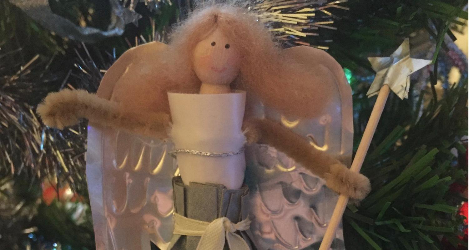 ADULT CRAFT Paper Garlands and Silver Wings Monday 7 November