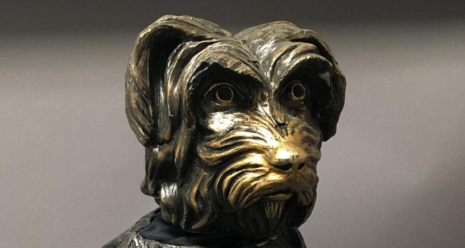 Fibreglass model of Grayfriars Bobby used at the 2014 Commonwealth Games, side view