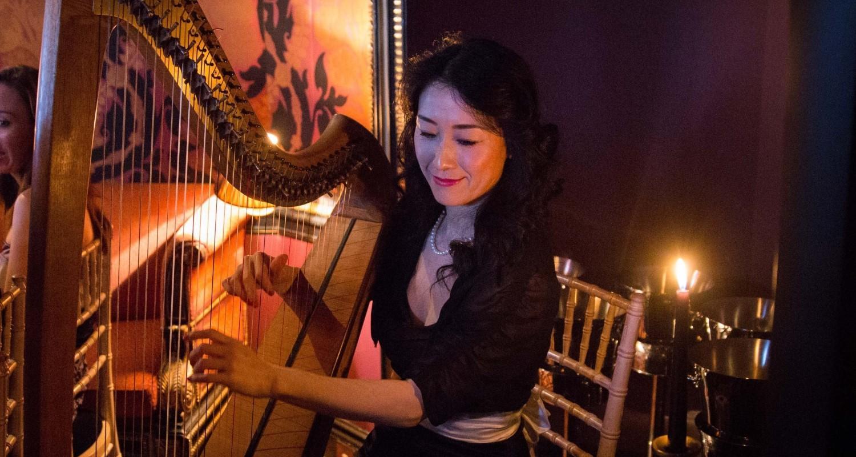 Mio-with-harp