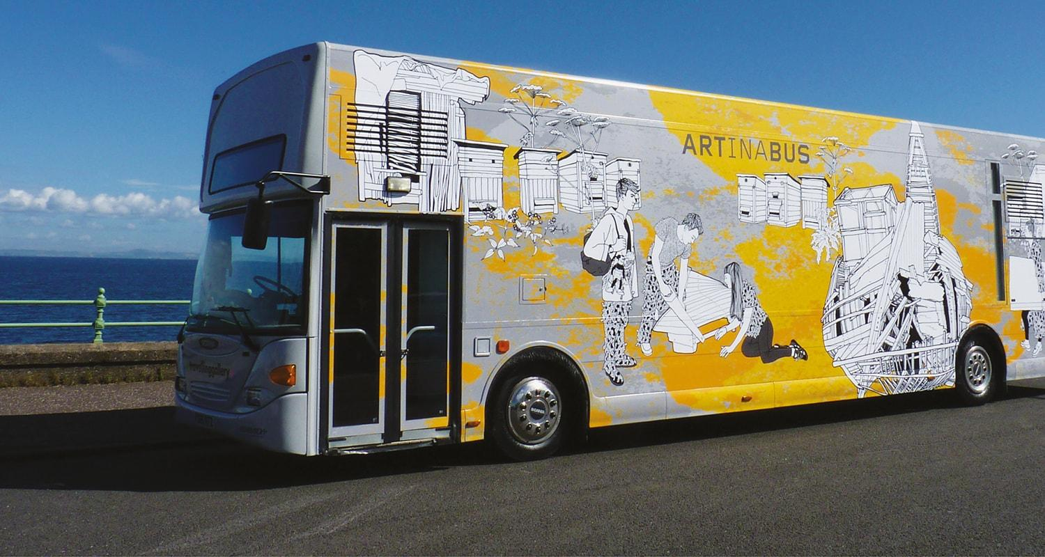 Traveling Gallery bus
