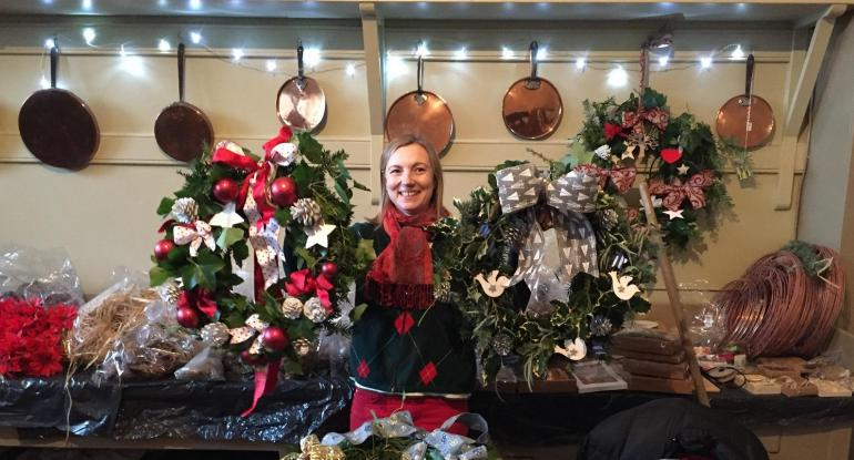 ADULT WORKSHOPS Giant Fresh Wreaths Sunday 20 November