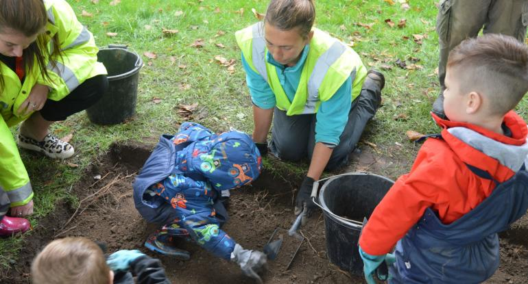 Archaeologists for a Day