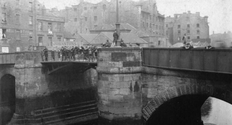 Leith - A photographic walk through time