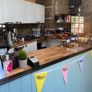 Mimi's Courtyard Cafe