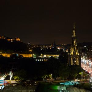 Scott Monument night time